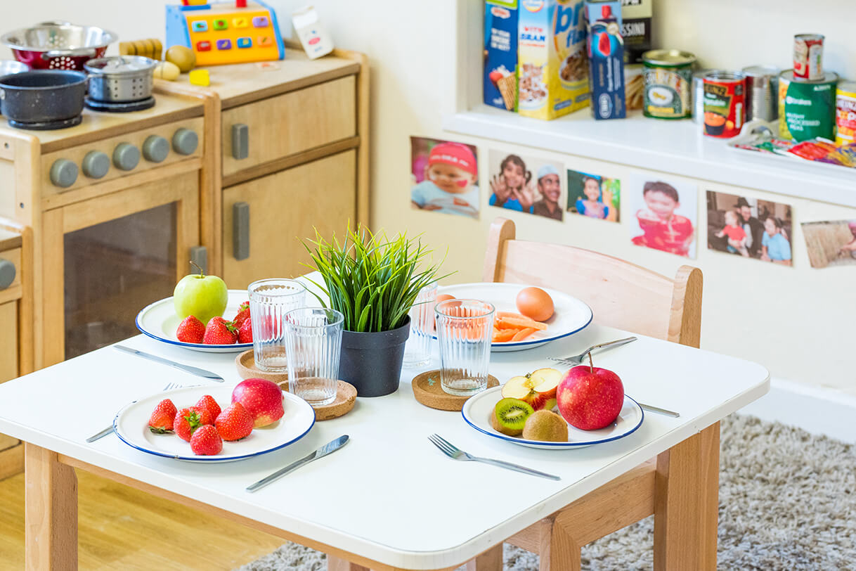 Holyrood Nursery in Bury - Heatlhy Nutrition